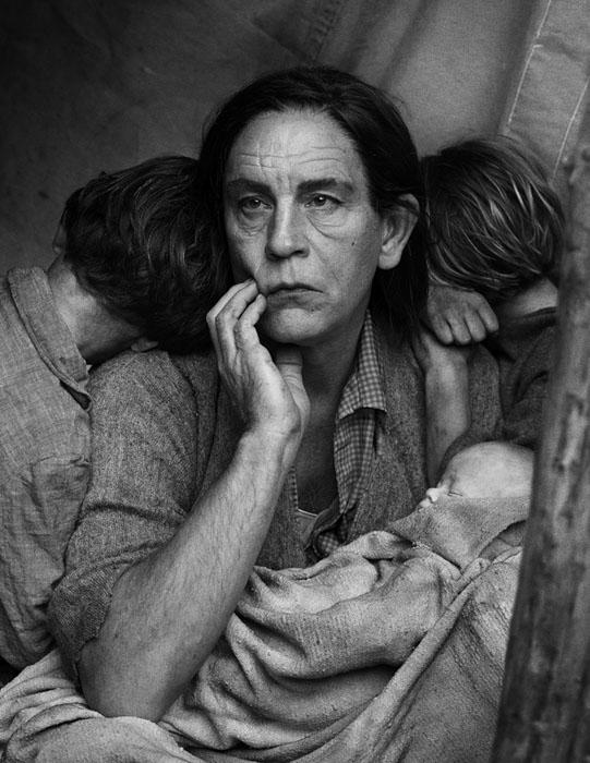 Dorothea Lang / Migrant Mother Nipomo, California (1936), 2014