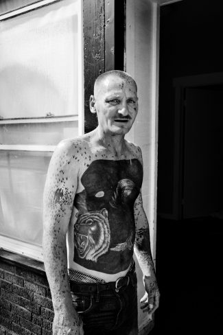 A tattooed man in Northeast Rochester. Rochester, NY. U.S.A. 2012 © PAOLO PELLEGRIN/MAGNUM PHOTOS